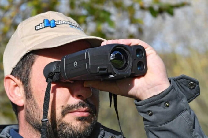 The 10 Best Thermal Binoculars for Hunting in 2021