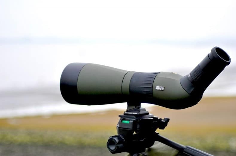 7 Reasons to Choose a Spotting Scope